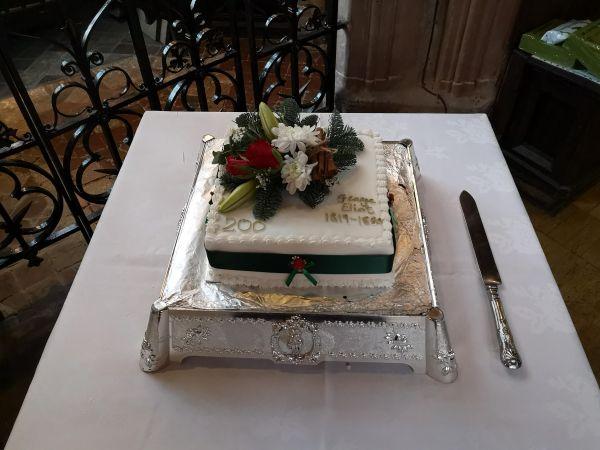 birthday-cakeFD09F7AD-D953-6E34-CF10-DA8F0B25C127.jpg